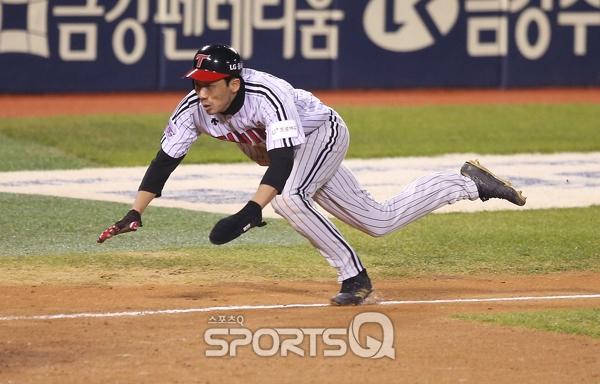 [포토Q] LG 김용의 '동점을 향해'